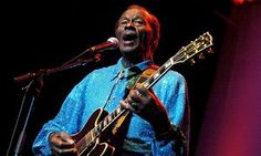 Chuck Berry, pioneer rock'n'roll guitarist, dies at age of 90 | Music | The Guardian