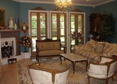 Living room needs some Types of furniture. So, you have to plan French Country Living Room Sets properly. Country Living Furniture, Country Style Living Room, Country Stil, Country Look, Living Room Colors, Living Room Sets, Living Room Decor, Victorian Living Room, Victorian Home Decor