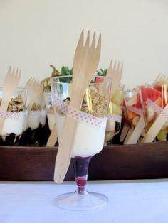 DIY: Vasos y cubiertos de plástico con Washi Tape