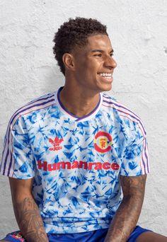 Football Kits, Football Jerseys, Football Players, Punchline Rap, Arsenal Shirt, Adidas Human Race, Manchester United Wallpaper, Adidas Design, Nike Shies