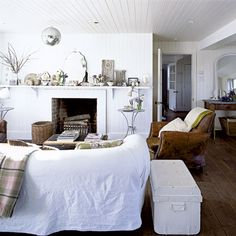 Living room | All-white extended cottage | Real Home | Livingetc house tour | PHOTO GALLERY | Housetohome