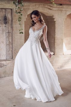 These sparkling Anna Campbell wedding dresses will dazzle any bride The Romantic & Sparkling Anna Campbell Wanderlust Wedding Dress Collection Australian Wedding Dress Designers, Australian Wedding Dresses, Country Wedding Dresses, Boho Wedding Dress, Designer Wedding Dresses, Bridal Dresses, Wedding Gowns, Wedding Venues, Peacock Wedding
