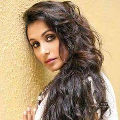 More beautiful Bollywood women. Rani Mukerji (Rani Mukherjee), Mallika Sherawat, Tabu, Deepika Padukone and Preity Zinta. Bollywood Stars, Bollywood News, Gorgeous Women, Amazing Women, Beautiful People, Beautiful Eyes, Beauty Skin, Hair Beauty, Star Wars