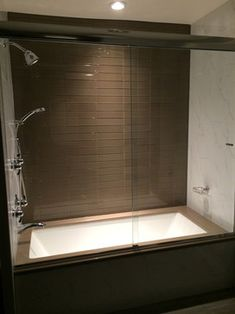 Soaker Tub Shower Combo Home Design Ideas, Pictures, Remodel and Decor