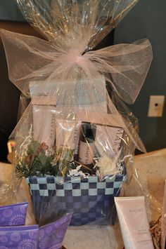 Awesome gift basket for your favorite lady so affordable you can mary kay holiday gift basket ideas jessica picasa web albums negle Gallery