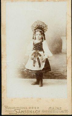 CDV Little girl in folk costume