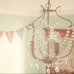 IKEA chandelier, Kristaller
