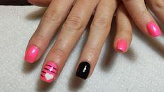 Valentine pink and black heart nails gettintipsynails.com