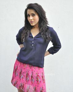 Tamil Actress Photos, South Indian Actress, India Beauty, Hottest Photos, Beautiful Actresses, Indian Actresses, Blouse Designs, Hot Girls, Heroines
