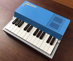 organ69 : [mo133]Notka USSR Mini Organ Musical Instruments, Feel Good, Piano, Musicals, Design, Products, Tools, Music Instruments, Instruments