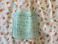 Han llegado muchos correos y comentarios al blog preguntando cómo hacer este vestido de crochet. Y mejor que contestar a cada uno de ellos, os lo explico aquí en un post.La verdad es que no es nada complicado para aquellos que sepan ganchillar, es un vestido muy sencillo. Los pasos para hacer el vestido de crochet son los s ...