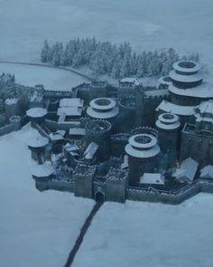 Casa Stark, House Stark, Chara, Game Of Thrones Wiki, Eddard Stark, Castle House, Biomes, Fantasy Landscape, Winter Is Coming