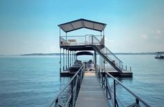 Cottage - $139 avg/night - Hartwell - Amenities include: Internet, Air Conditioning, TV, Children Welcome, Parking, No Smoking, Heater ✓ Bedrooms: 1 ✓ Sleeps: 6 ✓ Minimum stay from 3 night(s) ✓ Bookable directly online - Book vacation rental 1826858 with Vrbo. Rental Property, Conditioning, Books Online, This Is Us, Singapore, Smoking, Sunrise, Bedrooms, Mountain