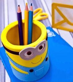 diy pot crayon minion