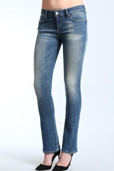 """Leigh may be our newest fit but it's already an instant classic. A cross between a straight and a bootcut, it's a versatile fit that works equally well with heals or flats. Handcrafted fading and whiskering just adds to the relaxed yet feminine look.    ?Measures: 8.5"""" front rise; 13.5"""" back rise;13.5"""" knee;17"""" bottom   Mavi Baby Boot by Mavi Jeans. Clothing - Bottoms - Jeans & Denim - Straight New Hampshire"""