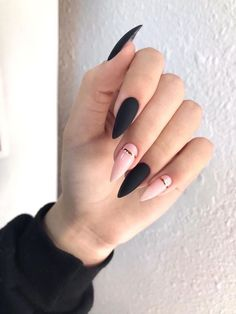36 edgy ideas for matte black nails to break the manicure monotony page 31 Frensh Nails, Edgy Nails, Grunge Nails, Stylish Nails, Matte Nails, Swag Nails, Glitter Nails, Weed Nails, Toenails