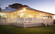 Weatherboard cladding: What's better for Australian homes, timber or fibre cement weatherboard?