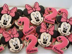 Minnie Mouse Birthday cookies one dozen / 6 Minnie & por LuxeCookie