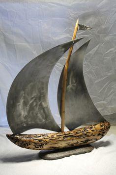 SUR L' EAU ... VOILIER - l'atelier de james Art En Acier, Christmas Gifts For Sister, Metal Art Projects, Steel Art, Driftwood Crafts, Scrap Metal Art, Wooden Garden, Clay Art, Metal Walls