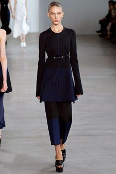 Calvin Klein Collection Spring 2015 Ready-to-Wear Fashion Show - Sabina Lobova (ELITE NEW YORK)