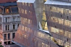 Cooper Union - budynek w stalowej zbroi