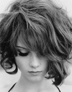 25 Short Hairstyles for Thick Hair | The Best Short Hairstyles for Women 2015