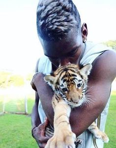Hate when the media make players seem like greedy spoiled rich people. They're human just like us! Anyway here's Pogba with his pet tiger.