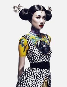 modern asian hairstyle, hair buns, black hair, Meng Huang, Kiki Kang and Liu Li Jie by Yin Chao for Harper's Bazaar China September Hanfu, Cheongsam, Style Oriental, Oriental Fashion, Fashion Art, Editorial Fashion, High Fashion, Fashion Trends, Asian Fashion