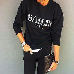 "BirkinBoy Style...Alex&Chloe sweatshirt/ JBrand jeans/ Hermès""Collier de Chien"" bracelet/ Cartier ""Tank"" solo watch/ Givenchy croco zip clutch... @alexandchloe @givenchyofficial #birkinboy #birkinboystyle #style #alexandchloe #ballinparis #jbrand #hermes #hermescollierdechien #cartier #cartierparis #cartierwatch #cartiertankwatch #givenchy #givenchybag #boystyle #menstyle #falliscoming"