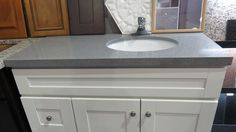 Historystone supply Motar Grey  ,High quality easy to cleaned no scratch artificial quartz countertops for bathroom.