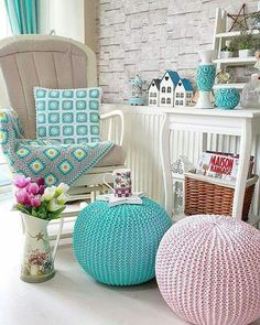 Most Trendy Knit Cushion/Puff – Knitting And We Cute Crafts, Diy And Crafts, Crochet Pouf, Crochet Cushion Cover, Cute Furniture, Knitted Cushions, Crochet Home Decor, Diy Interior, Crochet Clothes