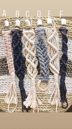 Macrame Bracelet Designs – Nonetheless Stylish After Ages – By Zazok Friendship Bracelets Tutorial, Bracelet Tutorial, Yarn Bracelets, Macrame Knots, Micro Macrame, Macrame Plant Hangers, Macrame Design, Macrame Tutorial, Macrame Projects