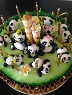 🐼 Panda bear toppers 🎂 very cute panda cake! Pretty Cakes, Cute Cakes, Beautiful Cakes, Amazing Cakes, Food Cakes, Cupcake Cakes, Panda Birthday Cake, Panda Food, Bolo Panda