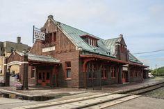 Soo Line Passenger Depot, Minot, North Dakota www.stephentravels.com