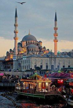 Istanbul,Turkey. It was a mix of Europe and Middle East. Food was amazing!  Egypt Places to Know  हमारी साइट को अधिक जानकारी प्राप्त करें   https://storelatina.com/egypt/travelling #egyptplacestostay #Egittu #Egipat #traveling #egypttravelmiddleeast