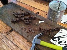 Cool DIY 3D sign lettering with nails