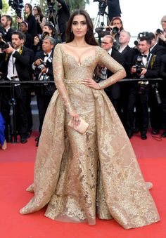 "Sonam Kapoor in Elie Saab Couture attends the ""The Killing Of A Sacred Deer"" screening during the annual Cannes Film Festival . Elie Saab Couture, Gala Dresses, Nice Dresses, Sonam Kapoor, Cannes Film Festival, Festival 2017, Indian Designer Wear, Bollywood Fashion, Red Carpet Fashion"
