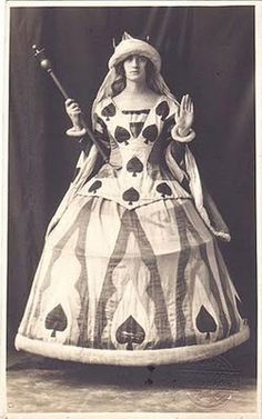 """Queen of Spades fancy dress, 1920s. (OP: """"like the collar/bodice, its almost like a sideless surcoat"""")"""