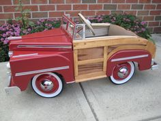 *PEDAL CAR ~ 1946 MERCURY SPORTSMAN (woodie)