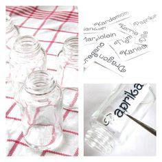 Painting glass by helenahaakt.blogspot.com. (Glas schilderen)