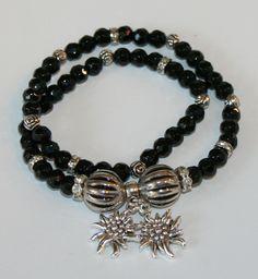Perlenarmband mit zwei Edelweiß von Edelweiss51 auf Etsy