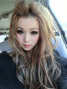 gyaru hairstyles | tags asian do fashion gyaru hair hairstyles inspiration japanese ...so pretty, she looks like a doll  I want this hair. D: