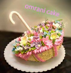 Umbrella bouquet of flowers cake
