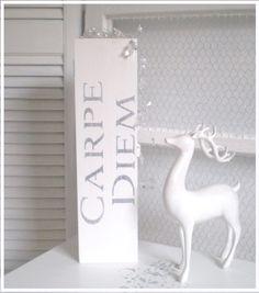 Kleine Shabby-Kiste CARPE DIEM von Galerie-Artcat via dawanda.com
