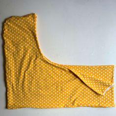 Hupullisen tuubihuivin ompeluohje - Unelmallinen ompelublogi Sewing, Blog, Apron, Pdf, Patterns, Fashion, Block Prints, Moda, Dressmaking