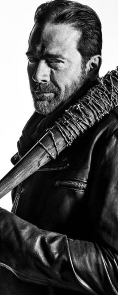 the-walking-dead-season-7-negan-morgan-gallery-700