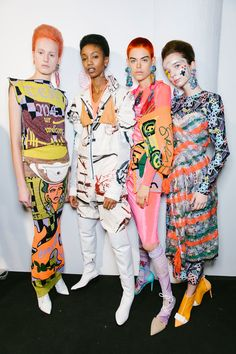 London Fashion Week: Bright Pink Hair and Printed Buzz Cuts Ruled the Matty Bovan Runway Fashion Over, 70s Fashion, Fashion Prints, Couture Fashion, Fashion Show, Fashion Weeks, Bright Pink Hair, Hot Pink Hair, London Fashion Week 2018