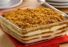 Tiramisu met Lotus Speculoos Speculoos Recipe, Tiramisu Speculoos, Amaretto Tiramisu, Köstliche Desserts, Delicious Desserts, Yummy Food, Good Food, Plated Desserts, Ma Baker