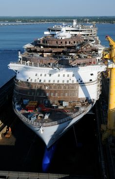 Harmony of the Seas receives her last block during construction  Royal Caribbean Blog