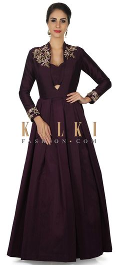 Burgundy gown with embroidered shoulder in zari embroidery only on Kalki Heavy Dresses, Trendy Dresses, Simple Dresses, Fashion Dresses, Indian Gown Design, Indian Designer Wear, Party Wear Gowns Online, Indowestern Gowns, Burgundy Gown